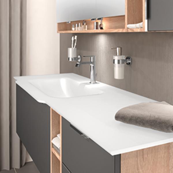 creativbad badm bel planbar startseite. Black Bedroom Furniture Sets. Home Design Ideas
